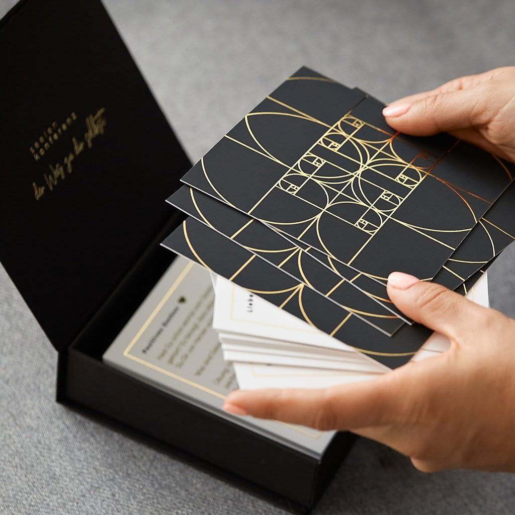 Goldfolienprägung der Karten