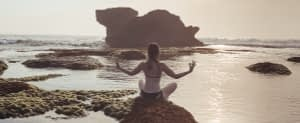 Durch positive Gedanken die Energie des Universums anziehen.