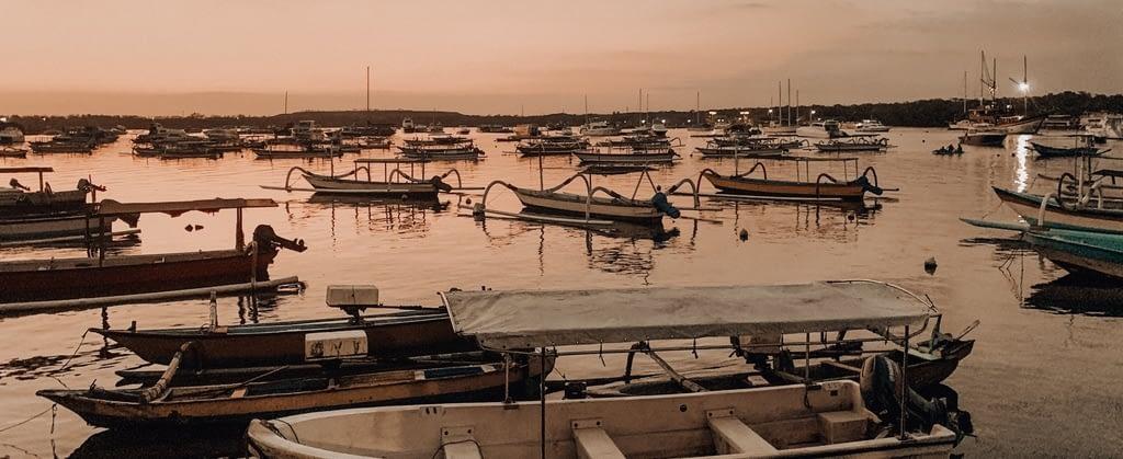 Schiffe im Abendrot